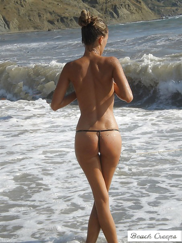 Topless sur la plage de tres beau gros seins a mater - 2 part 7