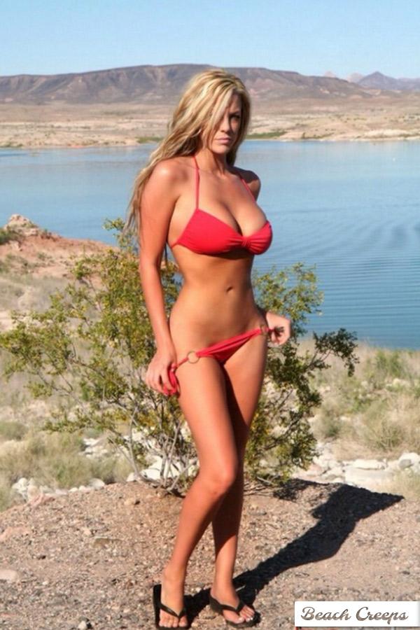 bikini boat String