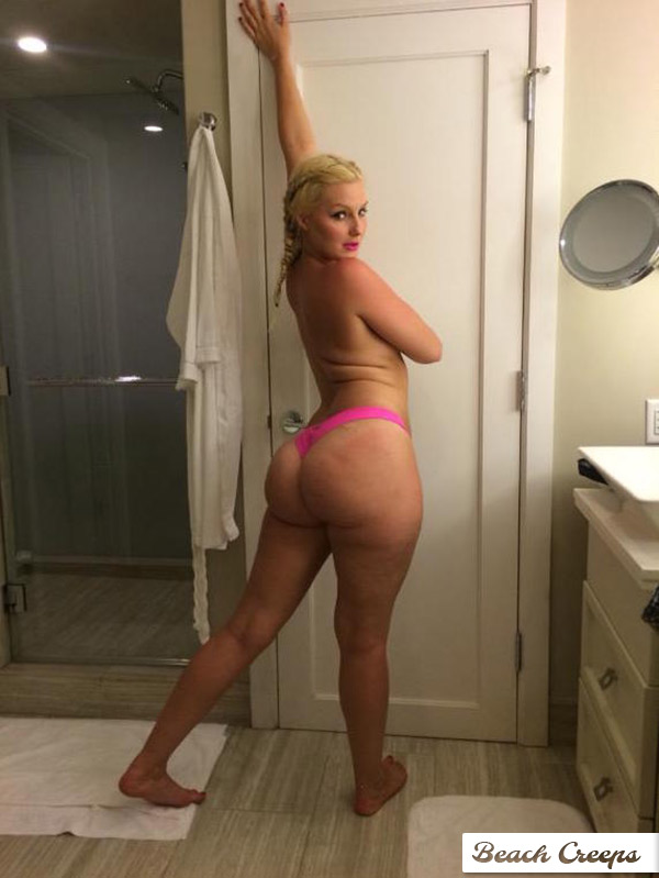 Older nude wife share